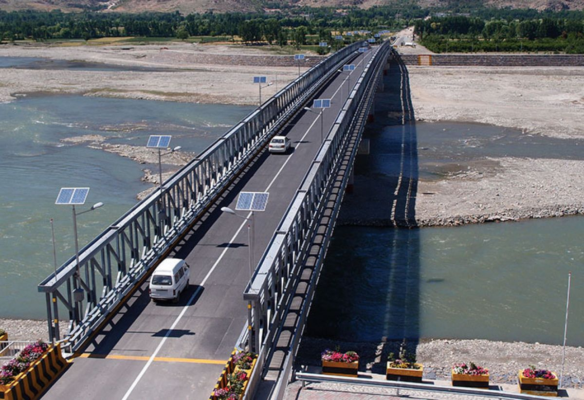 Gammon Bridge, Pakistan