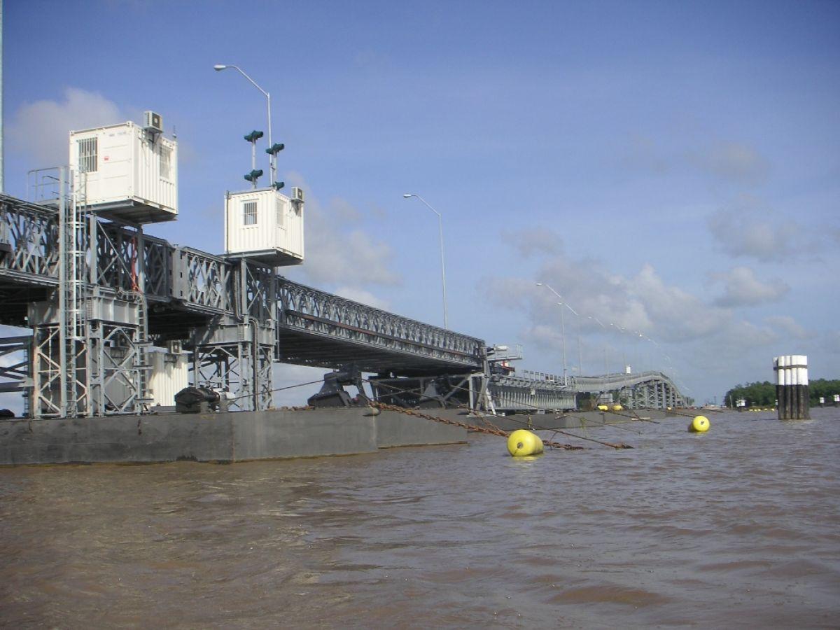 Mabey_C200_Guyana_Berbice_Floating Bridge